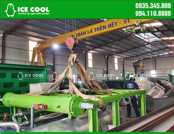 Tiến hành vận chuyển máy đá viên 5 tấn đến Nghệ An